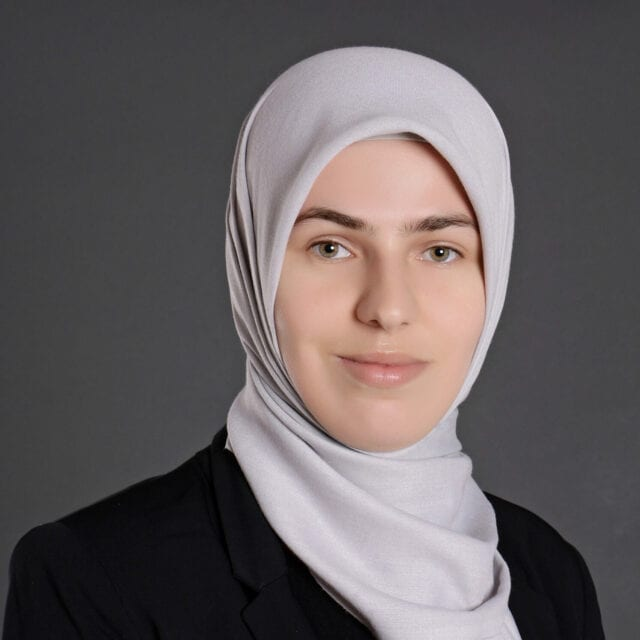 Esra Iljazi